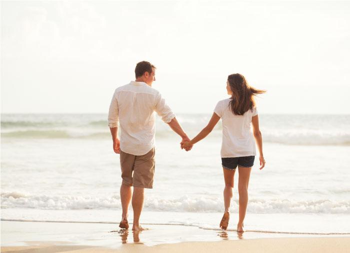 海辺でプロポーズ