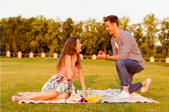 公園でプロポーズ
